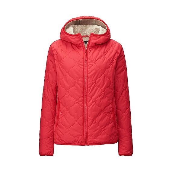 Áo trần trám lót lông cừu Uniqlo màu đỏ