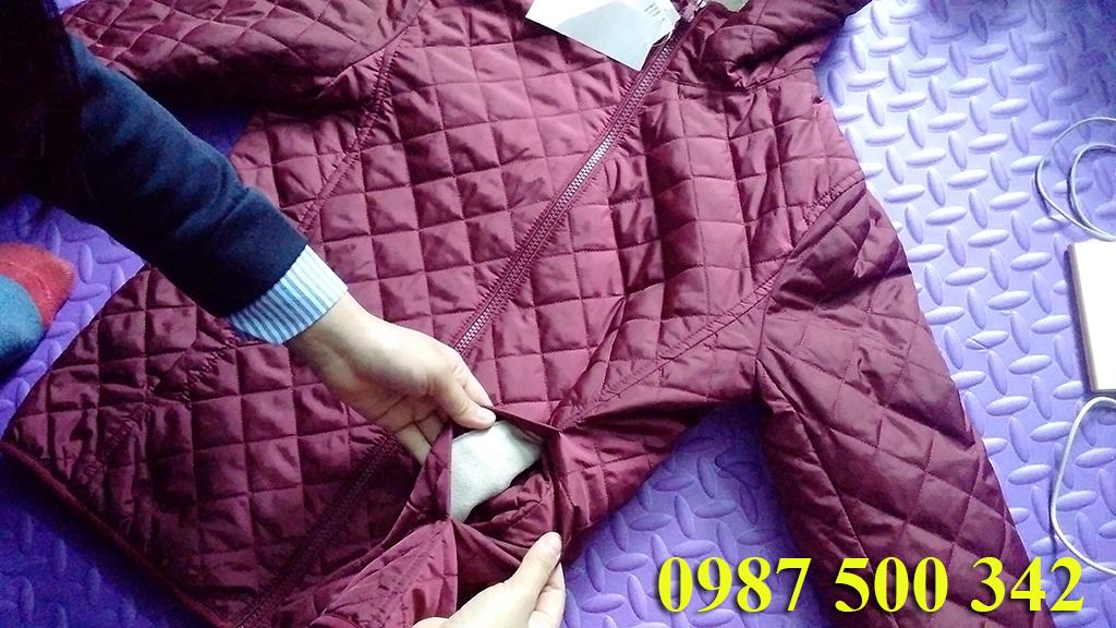 Túi áo trần trám lót lông cừu Uniqlo màu đỏ mận