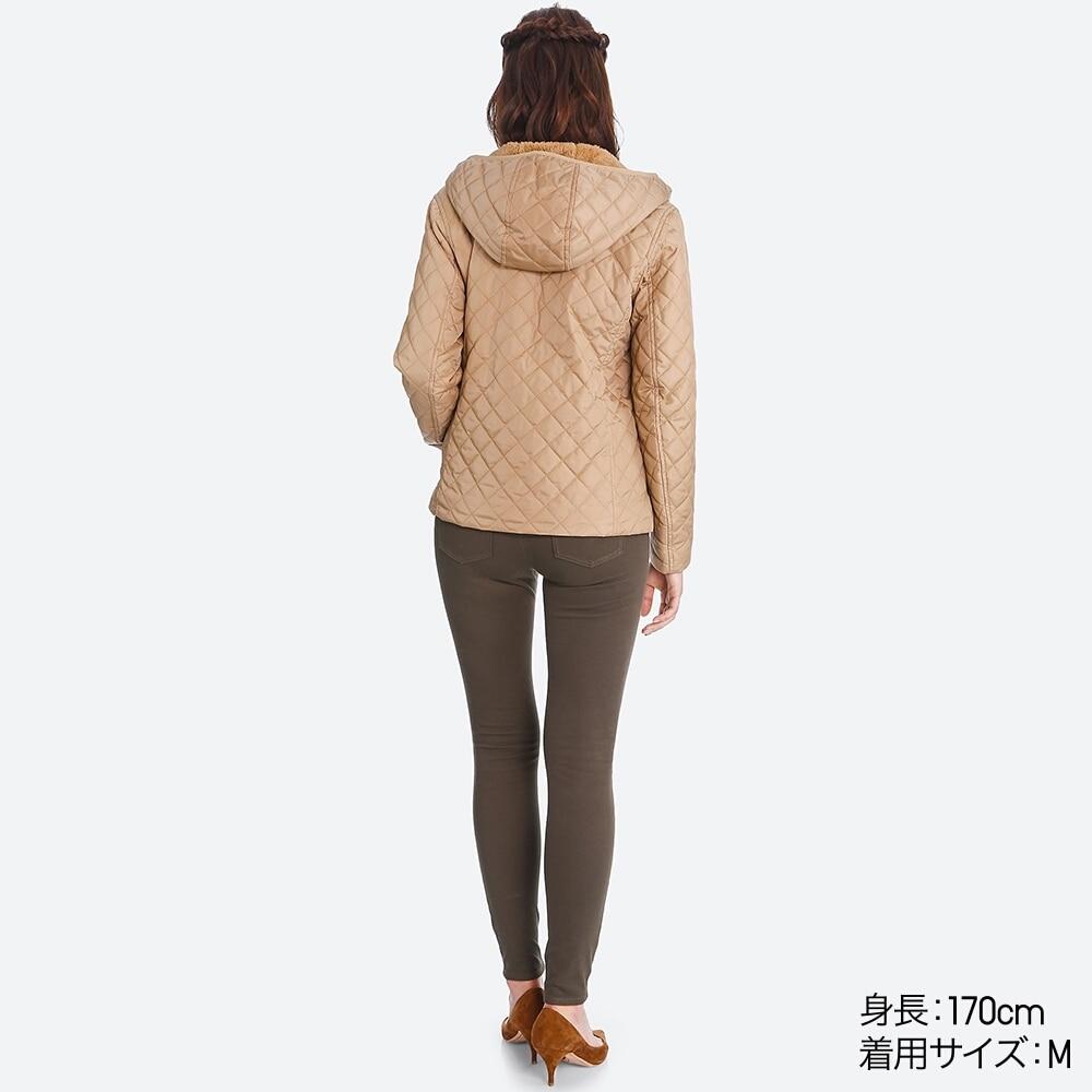 Mặt sau áo trần trám lót lông cừu Uniqlo 2017