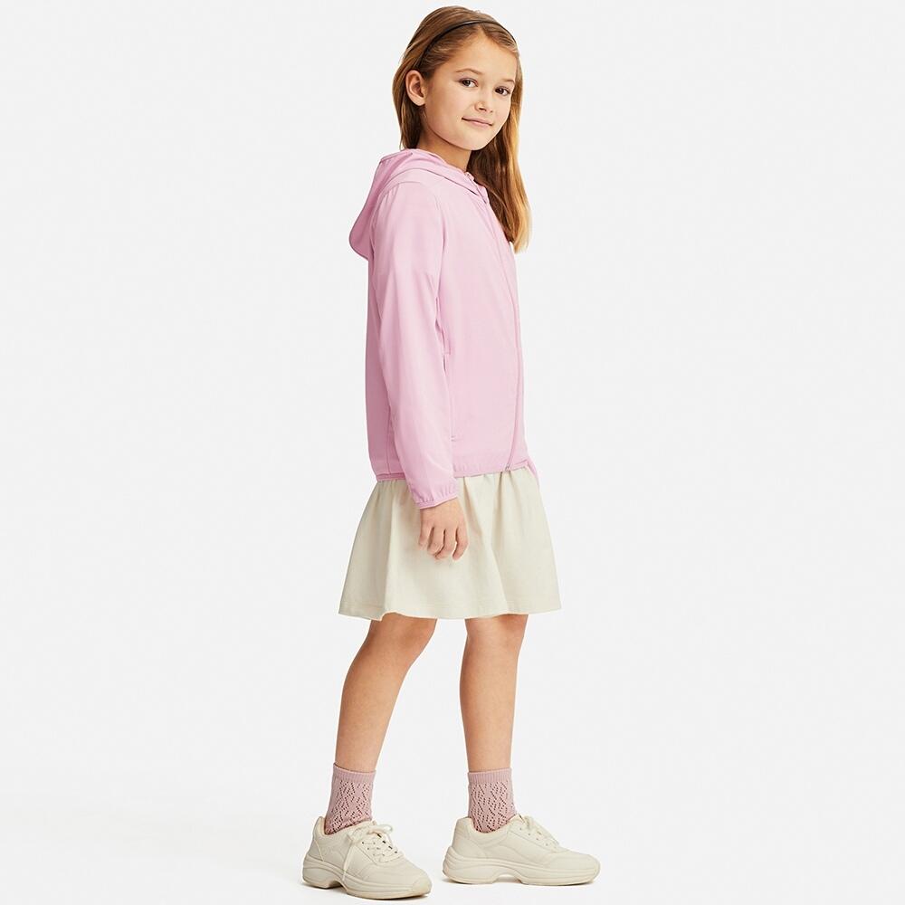 Dáng áo chống nắng trẻ em Uniqlo Nhật Bản 2019 màu hồng