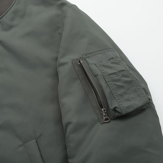 Áo khoác bomber Uniqlo 2019 màu xanh rêu 56 Olive mã 419963 túi bên tay trái