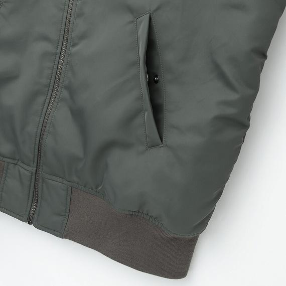 Áo khoác bomber Uniqlo 2019 màu xanh rêu 56 Olive mã 419963 túi áo có cúc bấm kim loại