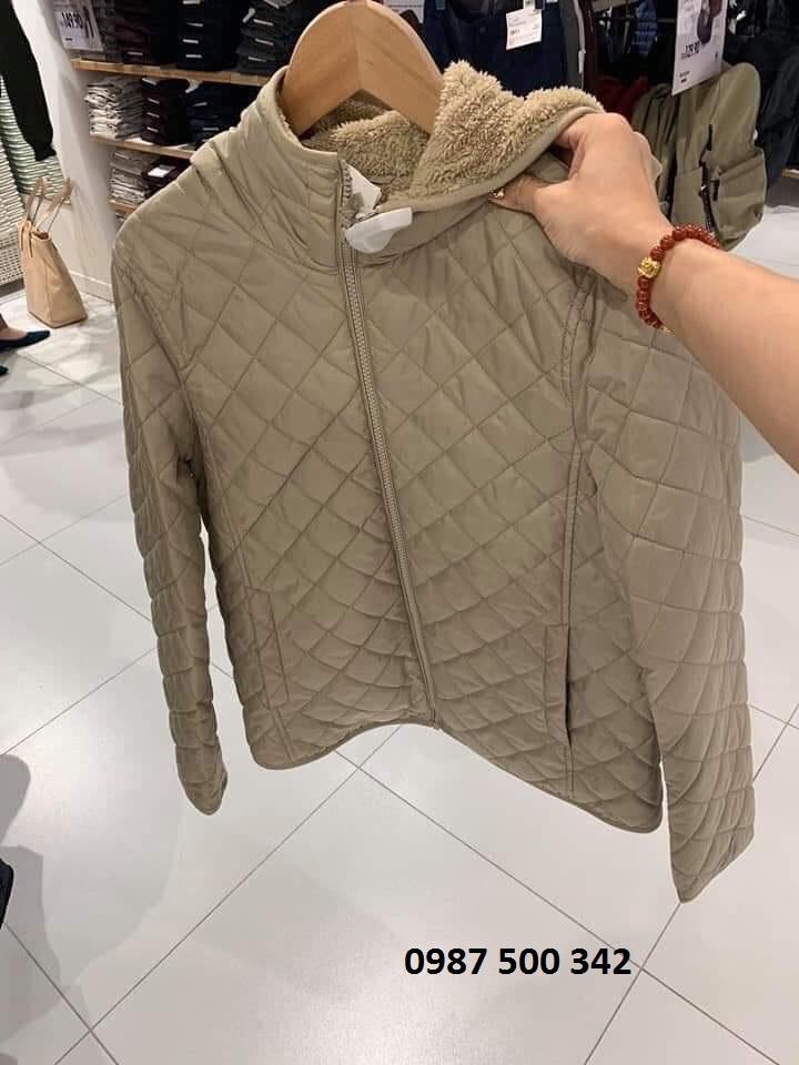 Trên tay áo khoác trần trám lót lông cừu Uniqlo 2019 - 2020 mã 420213 màu be 31 BEIGE