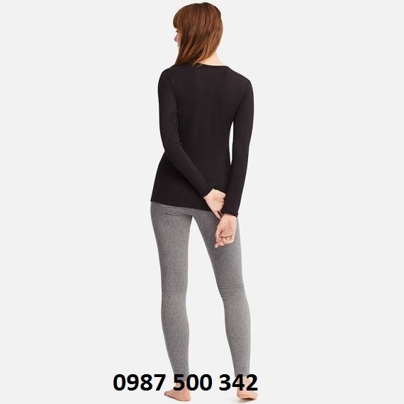 Dáng áo giữ nhiệt nữ cổ tròn Heattech Ultra Warm mặt sau