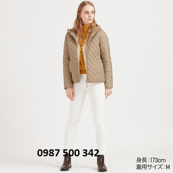Áo trần trám lót lông cừu Uniqlo 2019 màu be