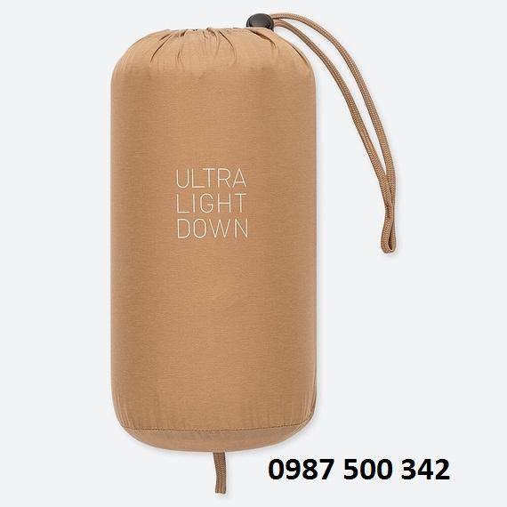 Túi đựng áo lông vũ nữ không mũ Uniqlo ULTRA LIGHT DOWN 2019 - 2020