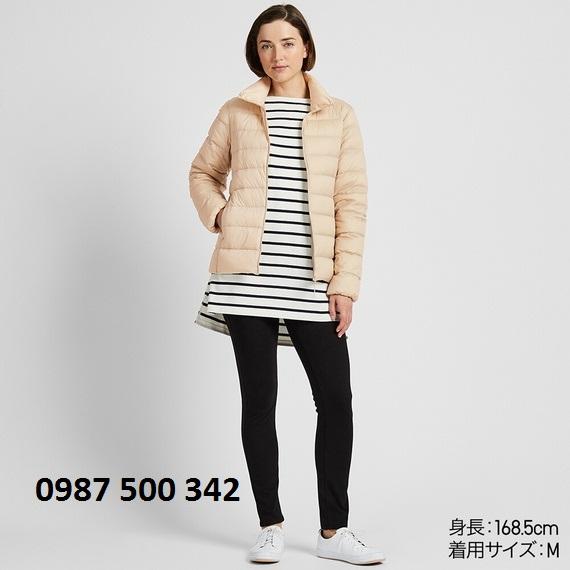 Áo lông vũ nữ không mũ Uniqlo Ultra Light Down 2019 - 2020 màu be 30 Natural