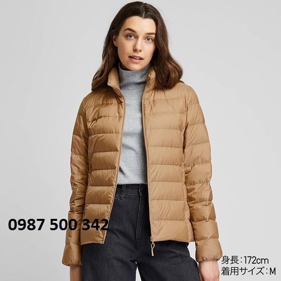 Áo lông vũ nữ không mũ Uniqlo Ultra Light Down 2019 - 2020 màu be 32 BEIGE