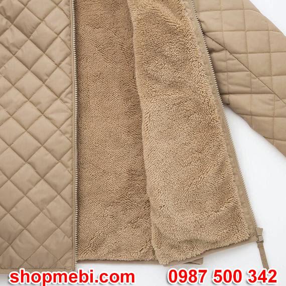 Bên trong áo trần trám lót lông cừu Uniqlo 2019