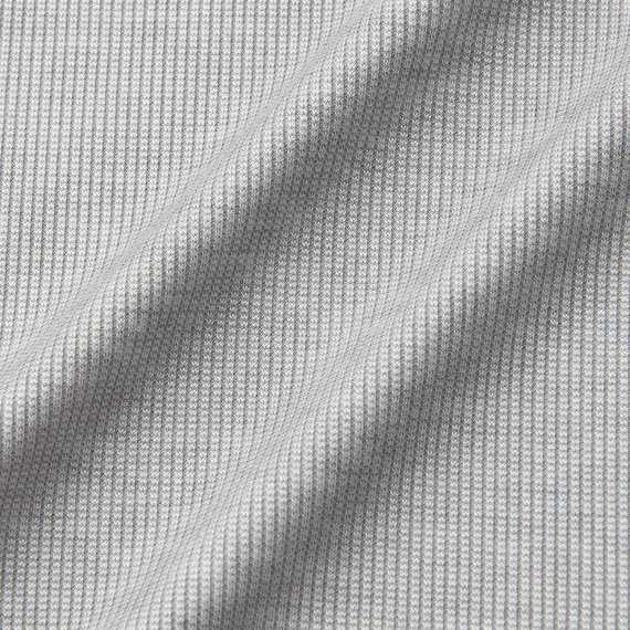Chất vải áo giữ nhiệt nam Uniqlo Alexander Wang