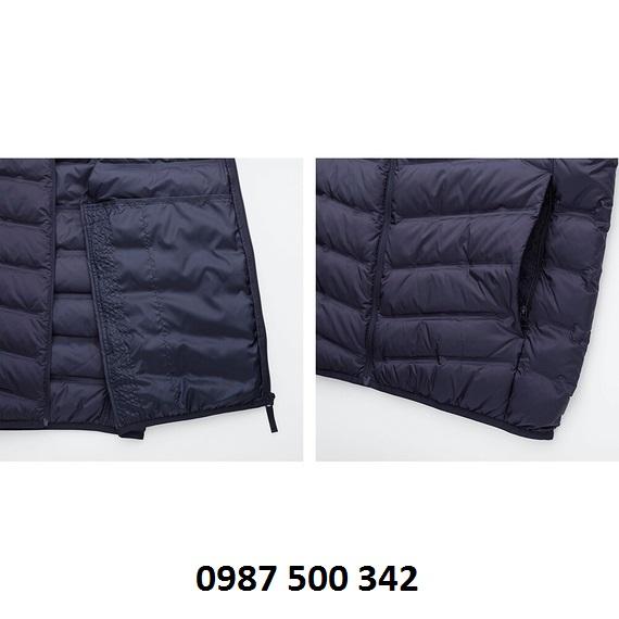 Túi bên trong và ngoài áo lông vũ Uniqlo loại vải ép nhiệt