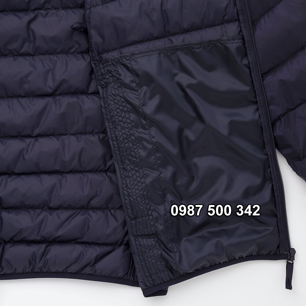 Túi trong áo lông vũ nam có mũ Uniqlo 2019 - 2020