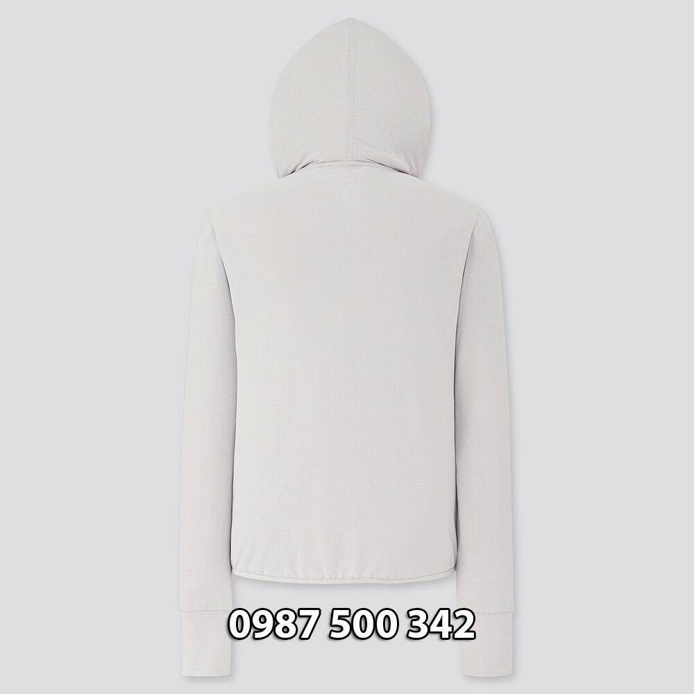 Hình ảnh lưng áo chống nắng Uniqlo 2020