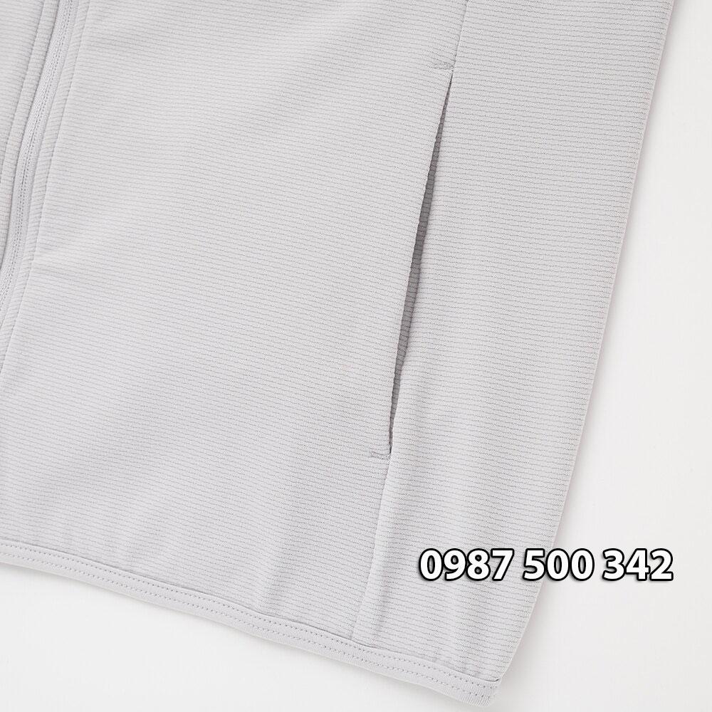 Hình ảnh túi ngoài áo chống nắng Uniqlo 2020