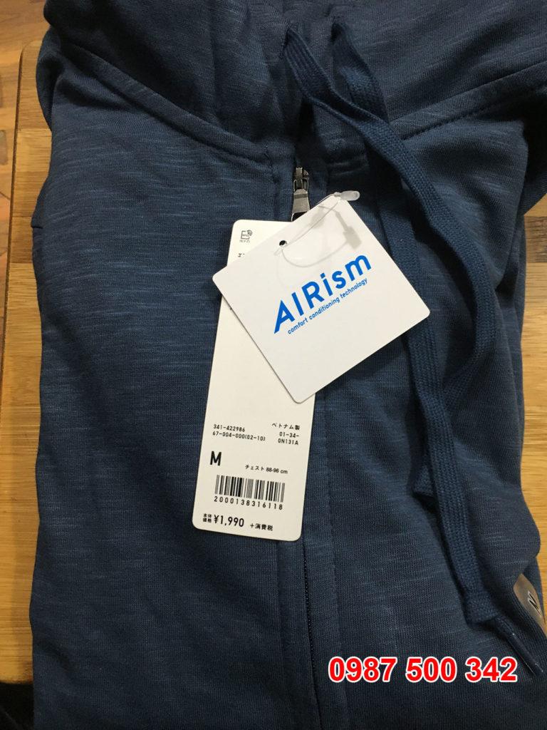 Ảnh thật áo chống nắng nam Uniqlo 2020 màu xanh biển 67 BLUE