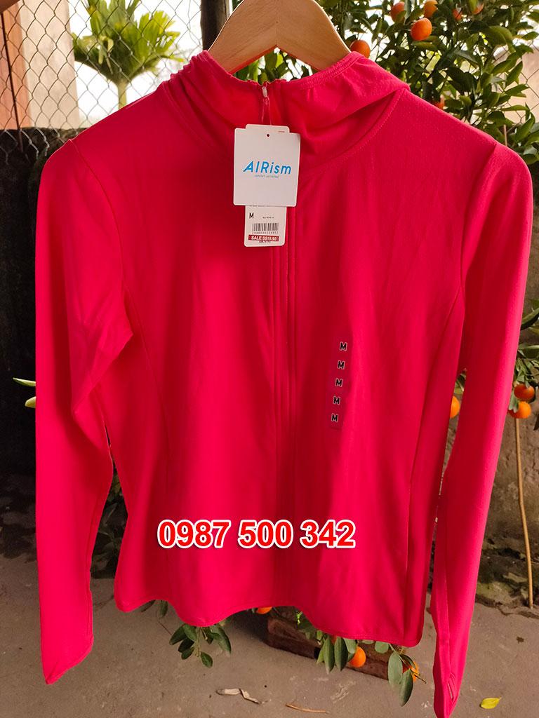 Ảnh thật áo chống nắng Uniqlo màu đỏ 14 RED 415374