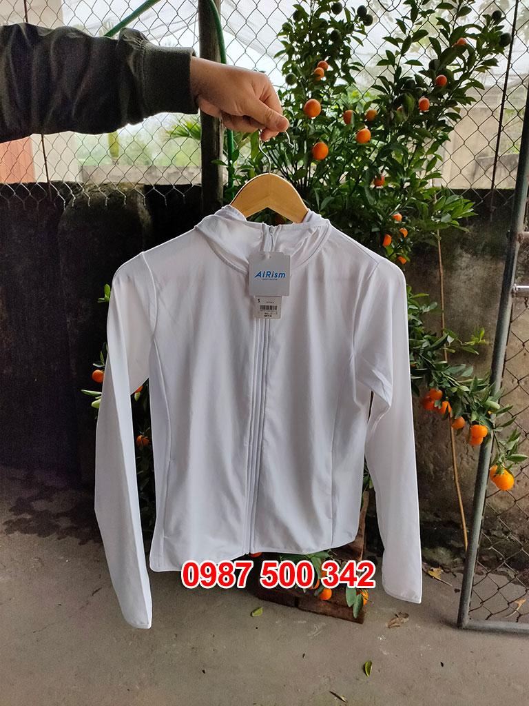 Ảnh thật áo chống nắng Uniqlo màu trắng 00 WHITE