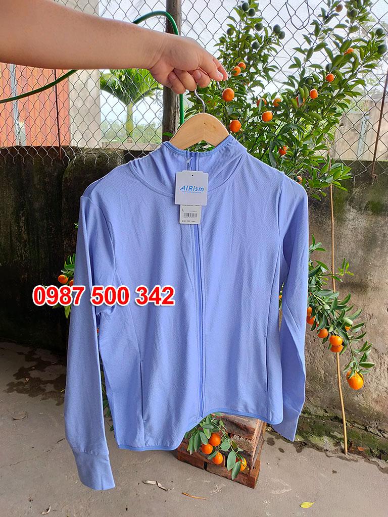 Ảnh thật áo chống nắng Uniqlo màu vàng xanh biển 64 BLUE 422807