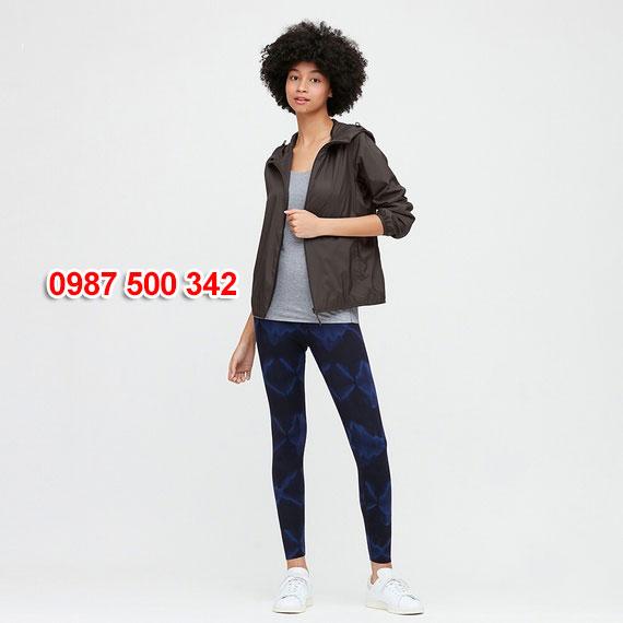 Áo gió nữ Uniqlo Nhật Bản 2020 mã 424576 màu đen 09 BLACK