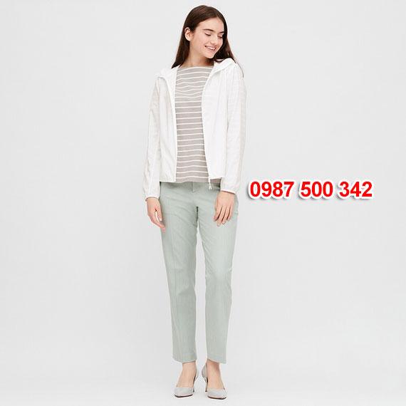 Áo gió nữ Uniqlo Nhật Bản 2020 mã 424576 màu trắng 01 OFF WHITE