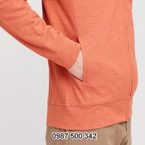 Tay áo và túi ngoài áo chống nắng nam Uniqlo 2020