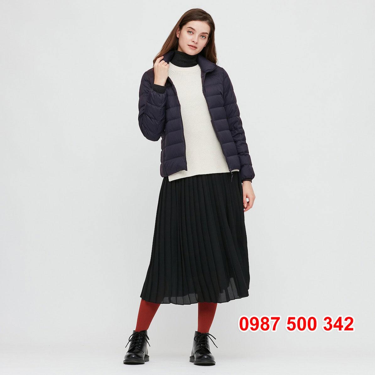Áo lông vũ nữ không mũ Uniqlo 2020 – 2021 mã 429453 áo màu xanh đen 69 NAVY
