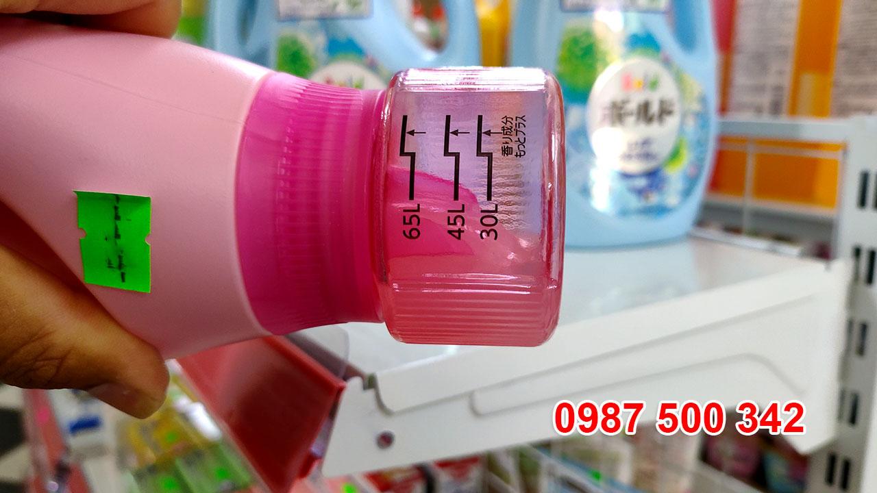 Review Chai nước giặt xả gel ball P&G Nhật Bản 850ml màu hồng