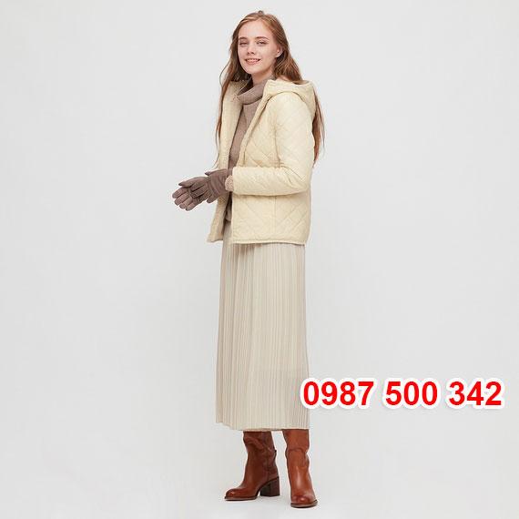 Áo khoác chần trám lót lông cừu Uniqlo 2020 - 2021 mã 432295 màu da 30 NATURAL