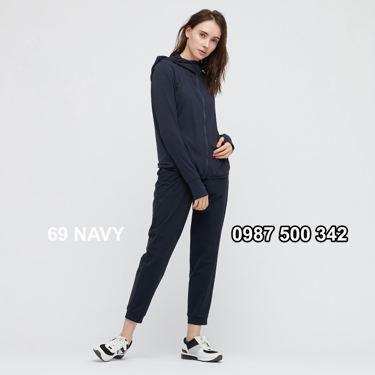 Áo chống nắng nữ Uniqlo AiRism 2021 màu xanh đen 69 NAVY 433703