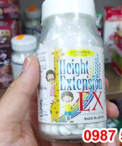 Trên tay Viên uống tăng chiều cao Height Extension EX lọ 300 Viên Nhật Bản